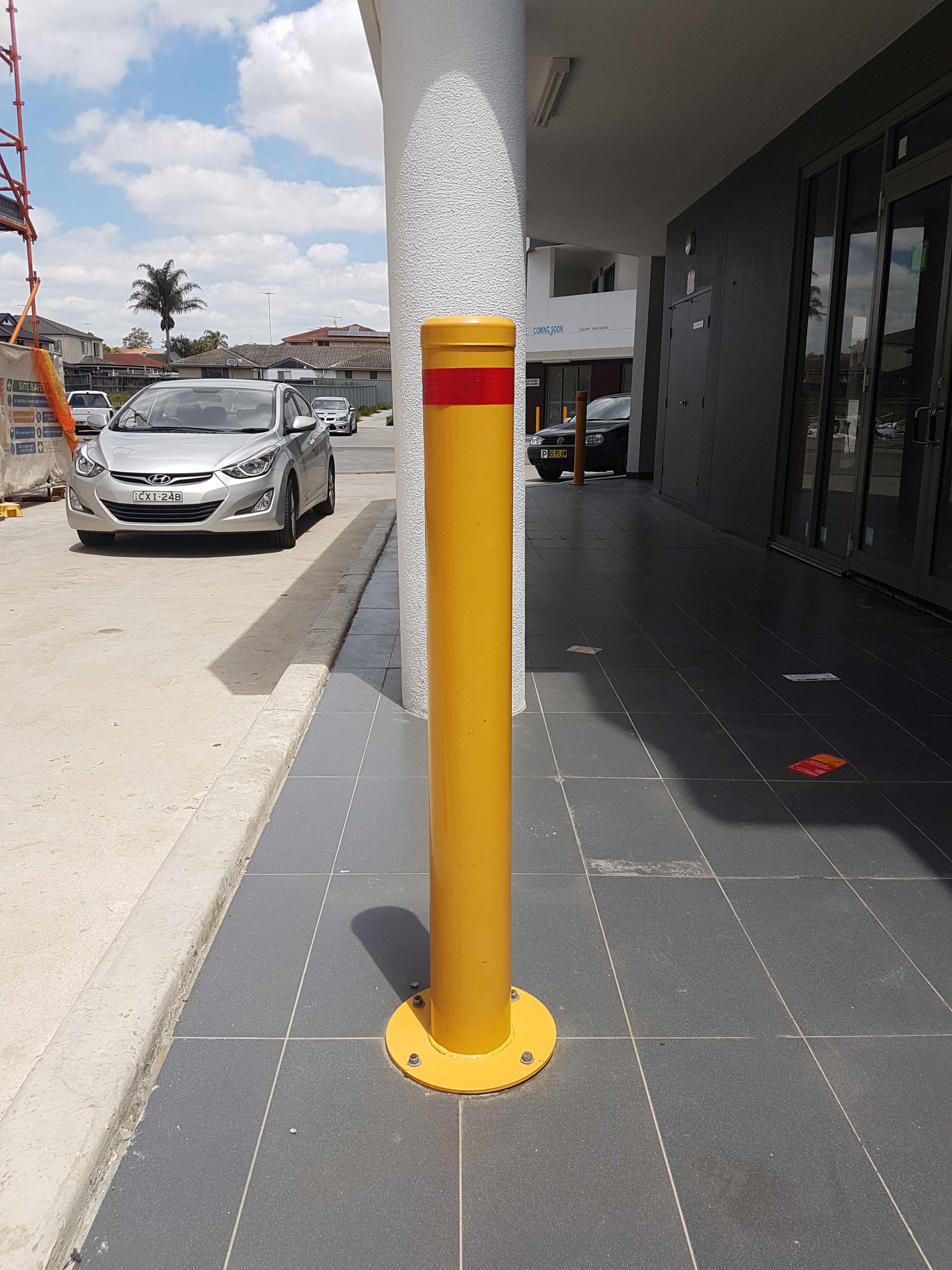 140mm-Bollard-Main-Image